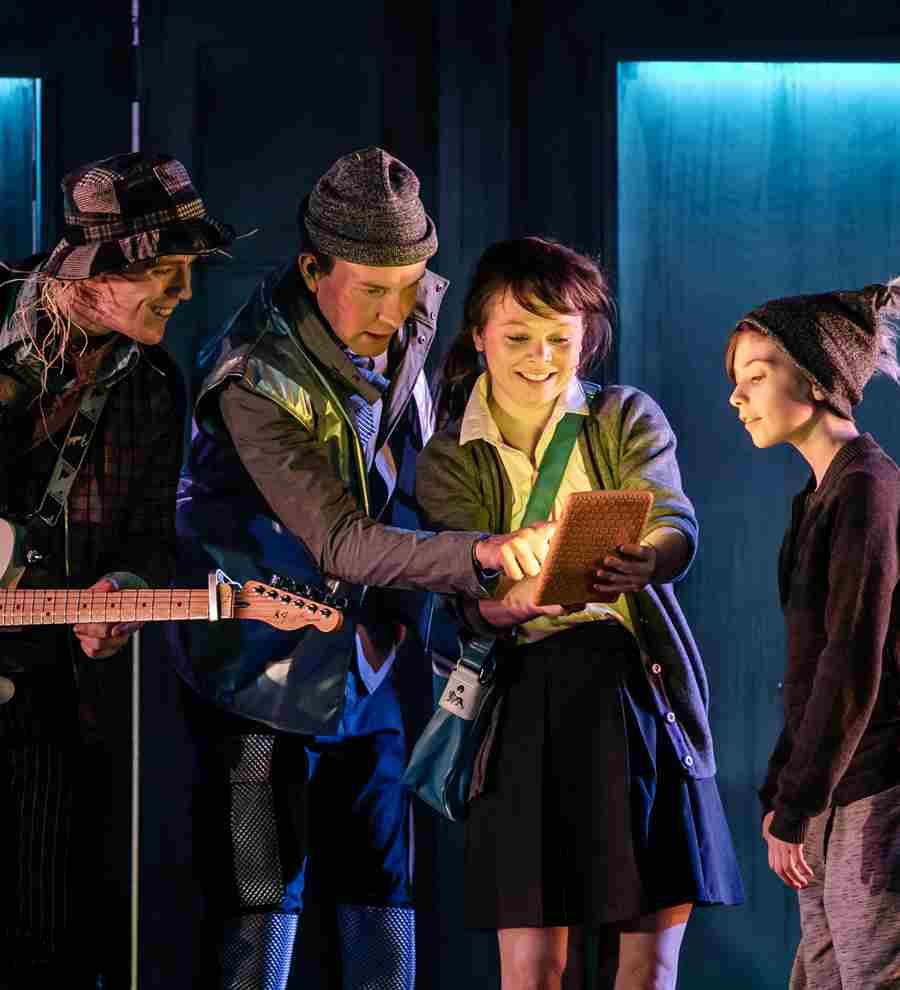 The Scarecrow (David Heywood), Tinman (Thom Petty), Dorothy (Anne O'Riordan) and Toto (Adam Crompton)